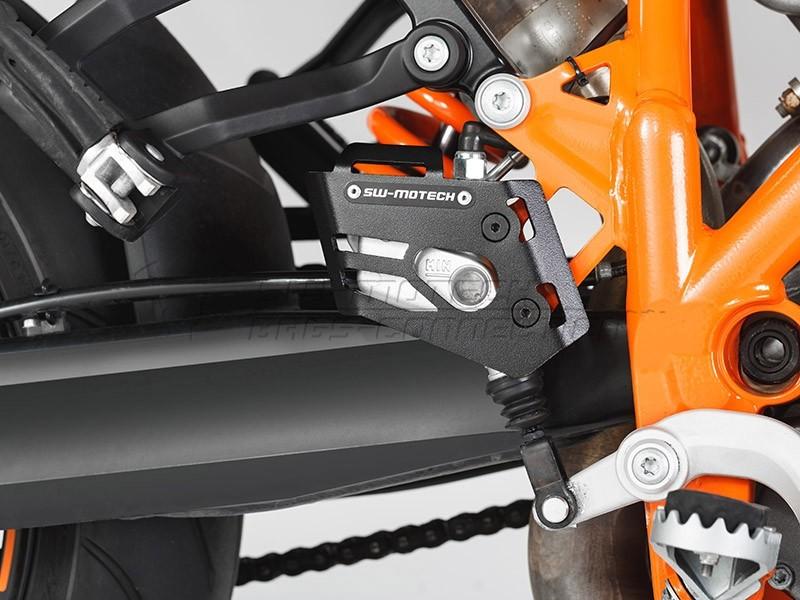 KTM 990 Adventure (06-) - Kryt brzdové pumpy SW-Motech
