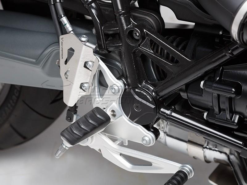 BMW R nineT Pure (17-) - kryt zadní brzdové pumpy SW-Motech, stř