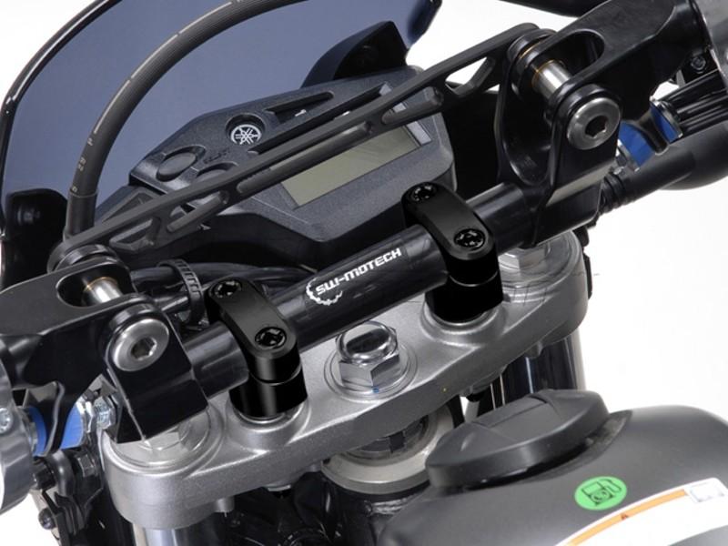 Yamaha XT 660 X / R (04-) Redukce řídítek z 22/28 mm, stříbrné p