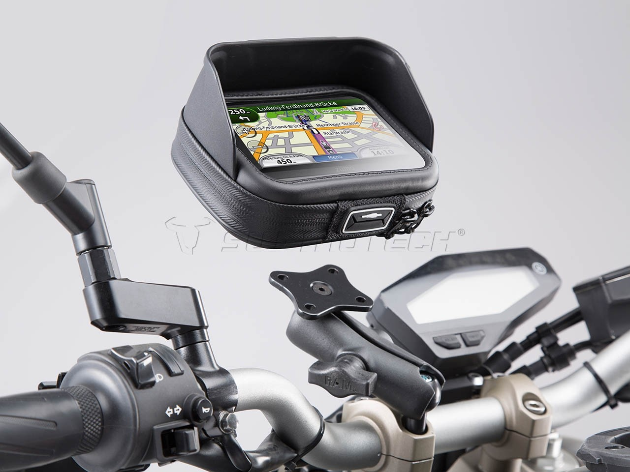 Kawasaki Versys 1000 (12-) držák GPS Navi Case Pro M - SW-Motech