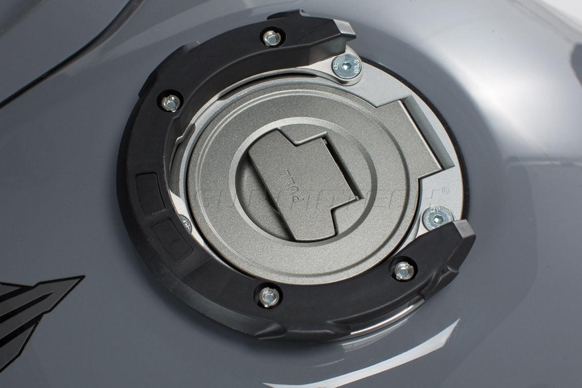 Yamaha YZF-R1 (15-) - podkova QUICK-LOCK EVO SW-Motech TRT.00.64