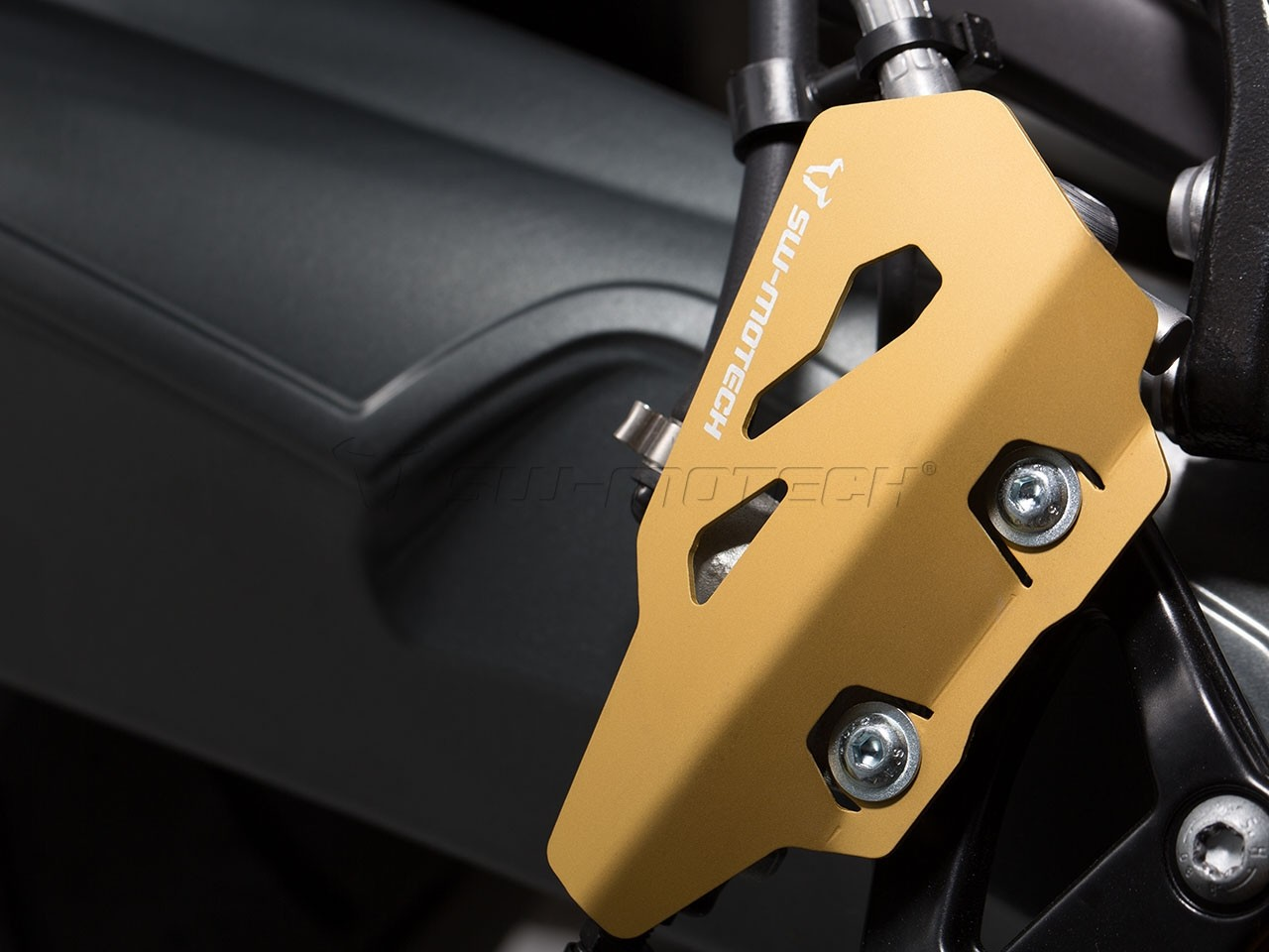 BMW R nineT Pure (17-) - kryt zadní brzdové pumpy SW-Motech, zla