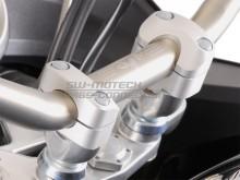 Adaptér řidítek 22/28mm +20 mm, stříbrné, SW-Motech