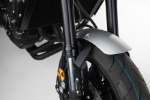 Yamaha MT-09 (13-) - stříbrný hliníkový přední blatník, SW-Motech